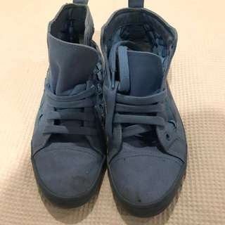 Blue Converse Style Runners