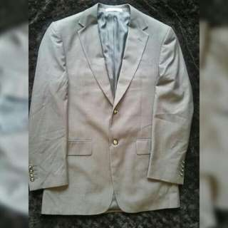 Van Heusen Suit Classic Fit (price Reduced!)