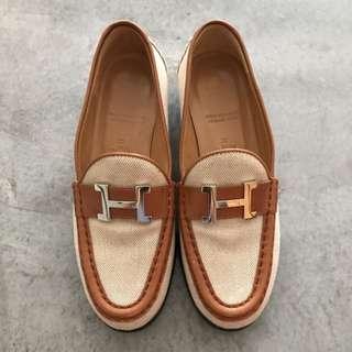 Vintage Hermes Loafers In Size 35