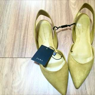 Zara Mustard Suede Pointy Slip-on Flats Sz 6