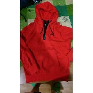 🚚 再降!賣少穿 ,NIKE  AW77 輕量高科技 3/4HOODIE  保暖帽T 紅色,size:M