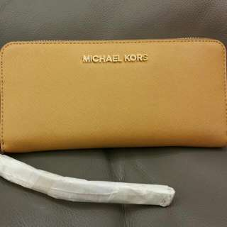 *Repriced* BNWT Michael Kors Long Leather Wallet In Peanut Shade
