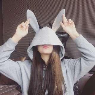 [K0002]超可愛兔兔耳朵長袖素色帽T~2色可愛上市
