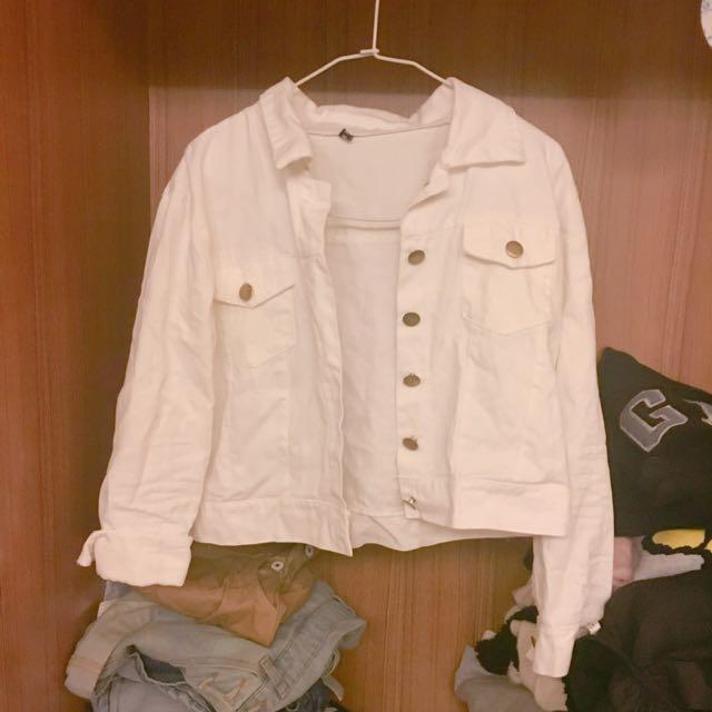 白色牛仔外套🗣