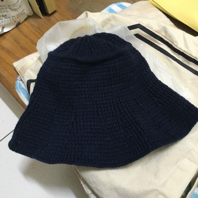 ✅✅秋冬款魚夫帽款式,深藍色針織毛帽!