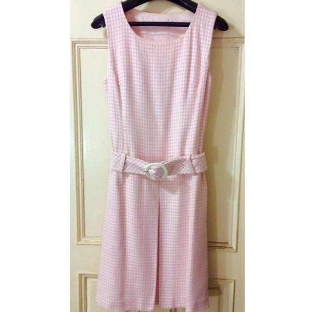 粉紅格紋洋裝