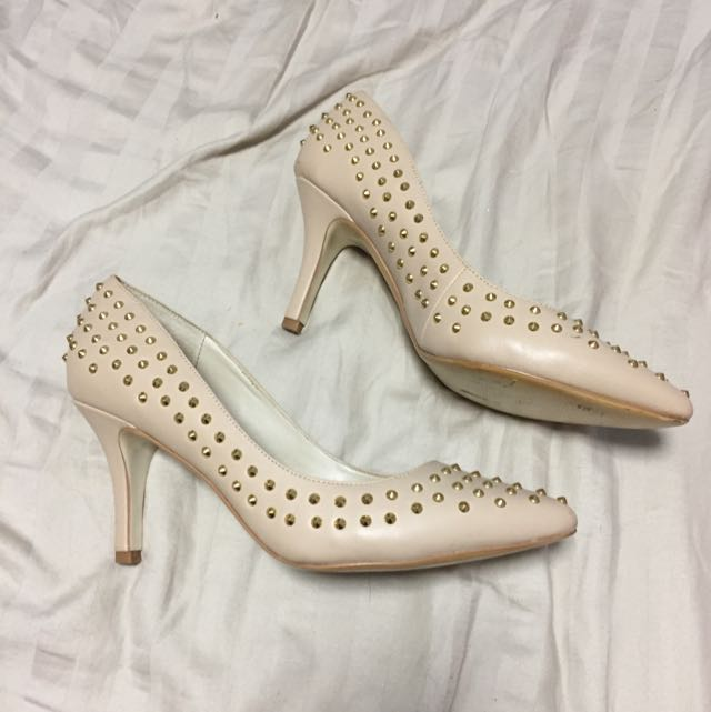Betts Heels Size 8