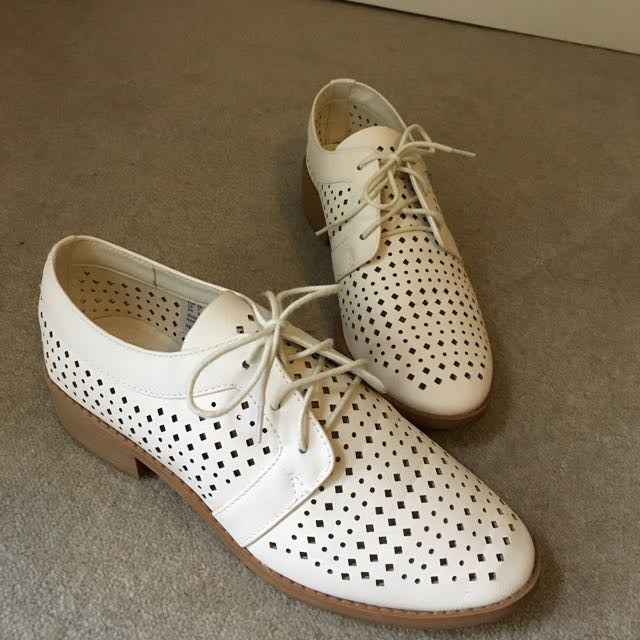 Cream Lace Up Shoes