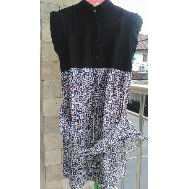Dress motif polkadot