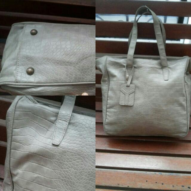 EN SO EN BIG Shoulder Leather Bag