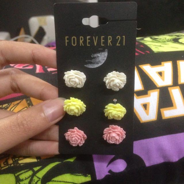 Forever21 Earring