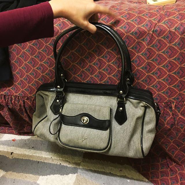 Giamax Shoulder Bag