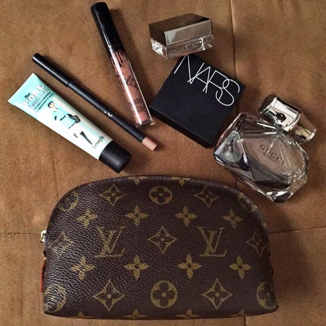 735e990d5613 Louis Vuitton Cosmetic Pouch PM Size on Carousell