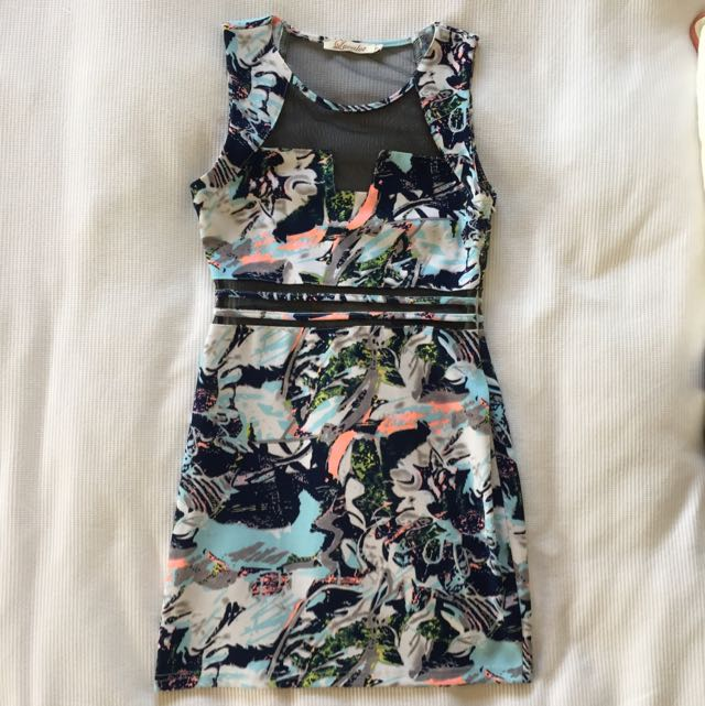 Luvalot Fitted Dress Size 6