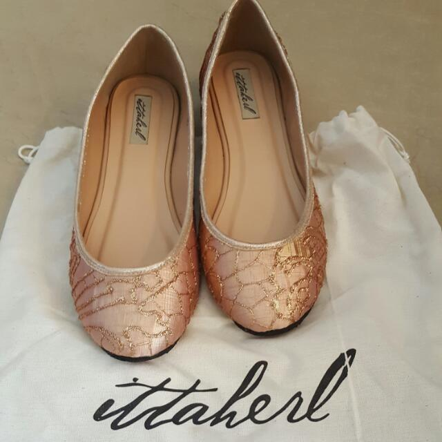 NBU Ittaherl Shoes