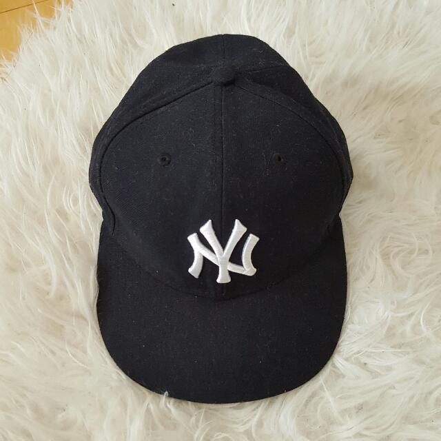 NY Yankee Baseball Fitted