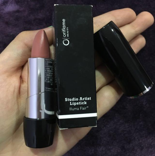 Oriflame Studio Artist Lipstick In Nude Suede
