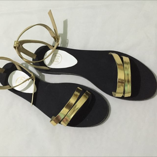 Sandals (Veronica) Black With Gold Strap