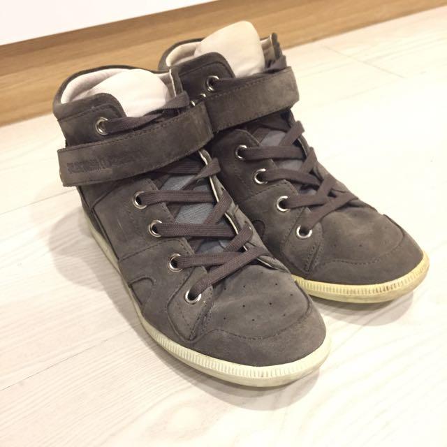 Superdry麂皮布鞋休閒鞋