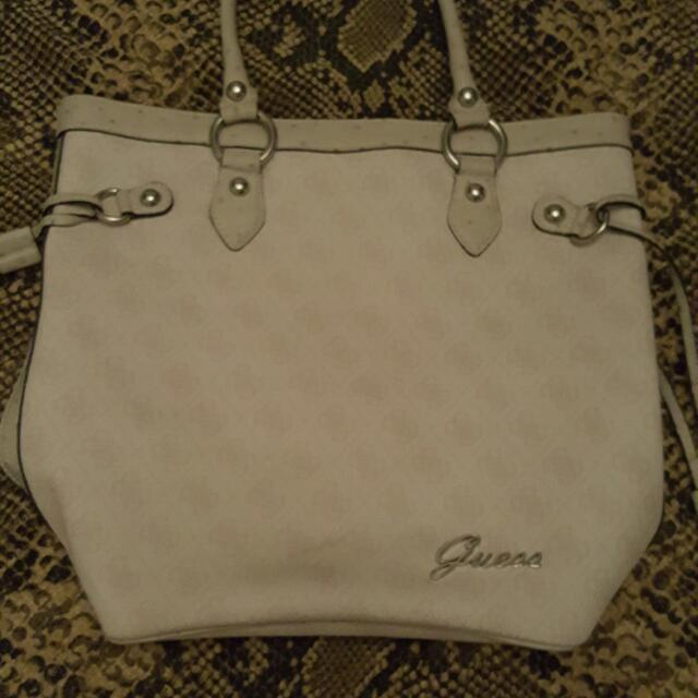 white guess tote bag