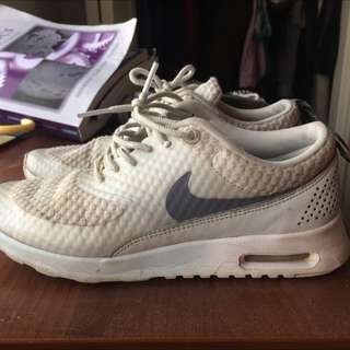 Nike Thea Running Shoes