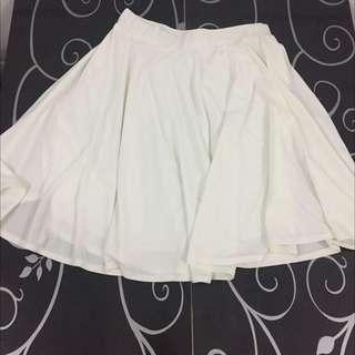 White silky Skirt