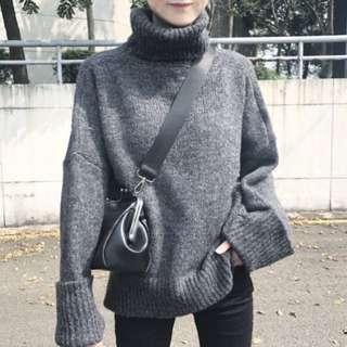 高領寬袖針織毛衣