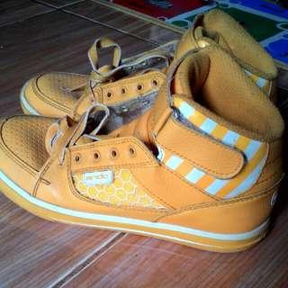 Sepatu Anak Merk Ando No 36
