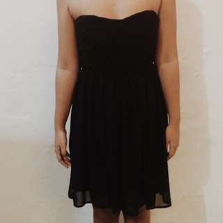 FOREVER 21 STRAPLESS DRESS