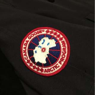 Women's Navy Medium Canada Goose Bomber Jacket