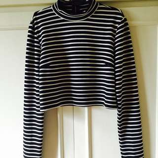Forever 21 Midriff Long Sleeve Top