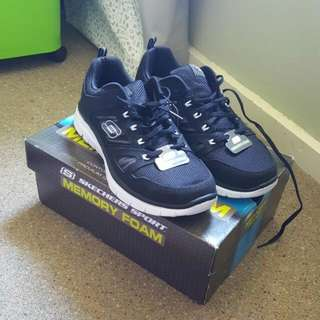 🆕 Sketchers Flex Advantage Trainers