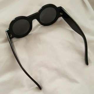 [Pending]DANGERFIELD Round Sunglasses