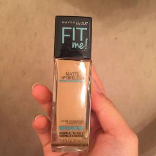 Maybelline Fit Me! Matte Liquid Foundation
