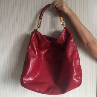 - PRE OWNED - YSL Fuchsia Pink Patent Hobo
