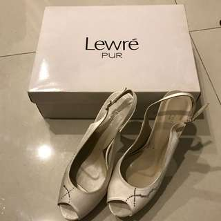 Lewre Pur Ivory Heels (made with Crystalized Swarovski Elements) Size 38