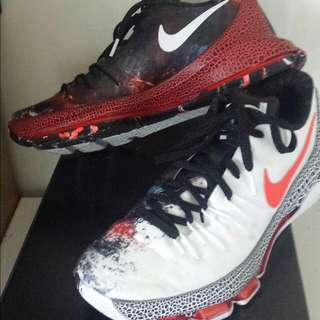 KD 8 XMAS US9 limited edition (Basketball shoes or collection)