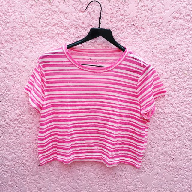 Aeropostale Pink Cropped top
