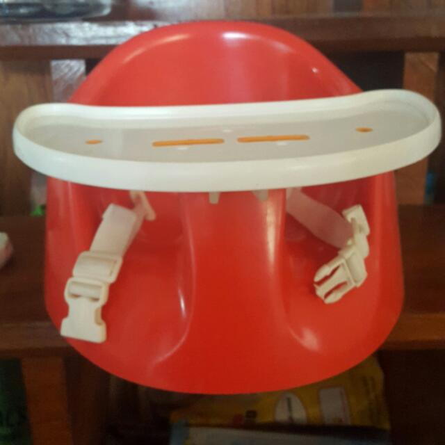 Baby Booster Seat.. With Removable Table..