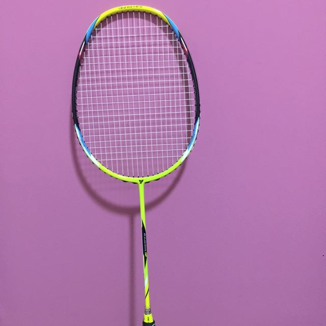 Badminton Racket Yangyang Kravnos 12 Sports Sports Games Equipment On Carousell
