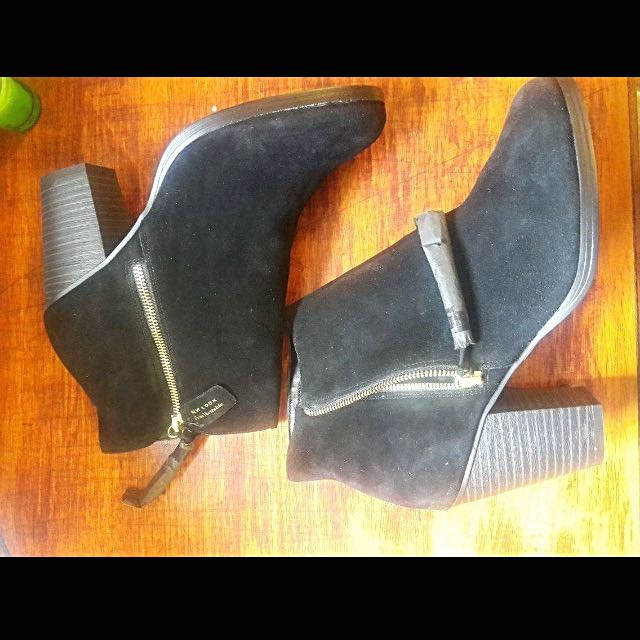 Black Suede Heeled Boots With Tassel Size 11