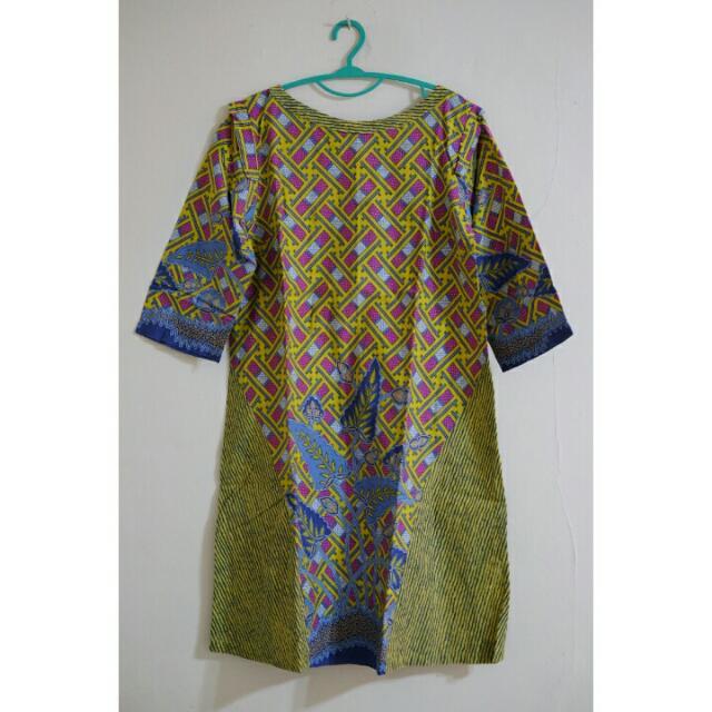 Danarhadi Batik Dress