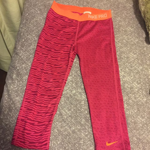 Nike Pro Work Out Pants Small