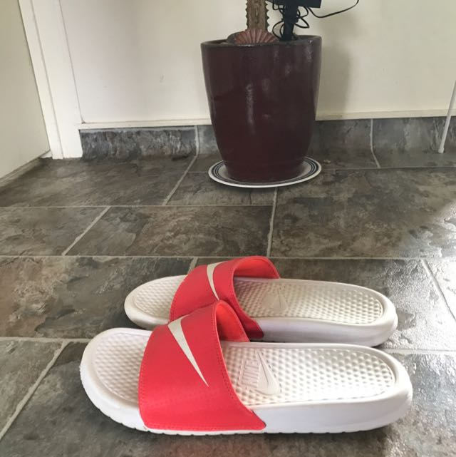 Unisex Nike Slippers