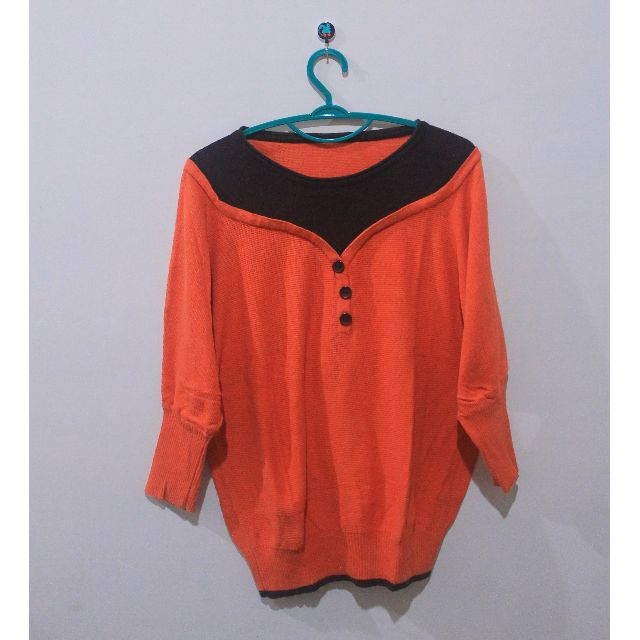 Orange Knitted Tops 25k Only!