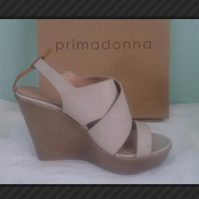 Primadona Wedge Sandals