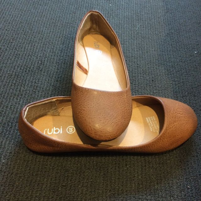 S39  Tan Slip-ons From Rubi