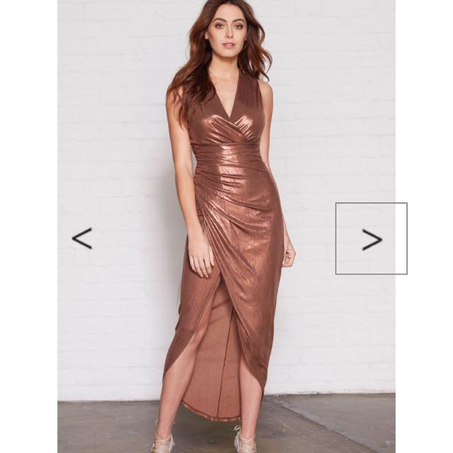 SHEIKE Queen Of Hearts Maxi Dress Size 6