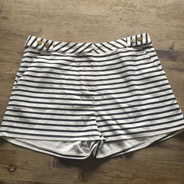Stripped Shorts- Temt