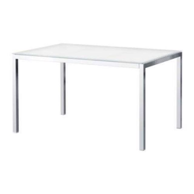 Torsby dining Table Frosted Glass